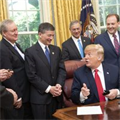 Trump ratifies repeal of auto lending guidance